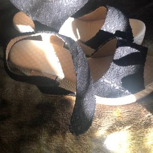 Sparked wedge sandals